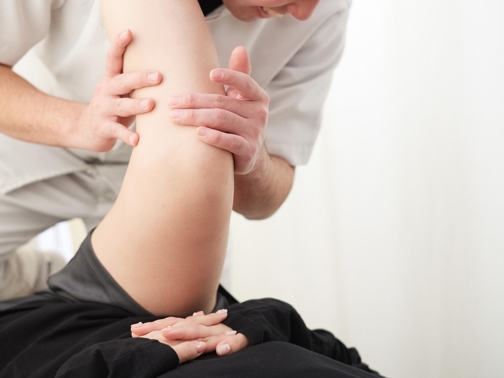 股関節の痛みは「足首のストレッチ」で改善